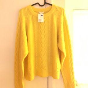fuzzy yellow sweater 💛
